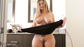 Big Ass,Big Boobs,Cumshot,Latina,Orgasm,Softcore