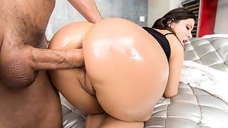 Anal,Big Ass,Big Boobs,Blowjob,Brunette,Doggystyle,Fucking,Latina,POV,Sex Toys