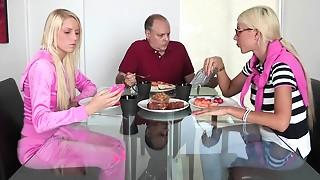 Blonde,Caught,Fucking,Mature,MILF,Petite,Stepmom,Teen