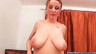 Big Boobs,Gym,Housewife,Masturbation,Mature,MILF,Natural,Old and young,Redhead,Sex Toys