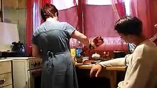 Grannies,Kitchen,Mature,Russian