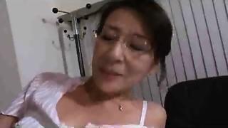 Asian,Creampie,Mature,MILF