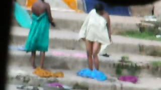 Hidden Cams,Indian,Mature,Softcore,Voyeur