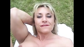 Blowjob,Clit,Mature,MILF,Outdoor