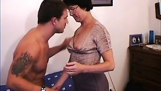 Anal,Blowjob,Glasses,Grannies,Fucking,Housewife,Mature,MILF,Old and young,Stepmom