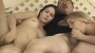 Creampie,Group Sex,Fucking,Pregnant