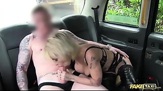 Amateur,Car Sex,Cumshot,Doggystyle,Fake,Homemade,Lingerie,MILF,Petite,POV