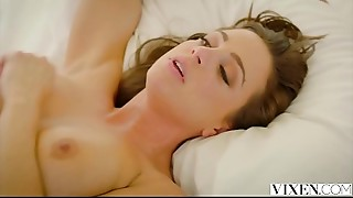 Big Cock,Blowjob,Brunette,Cumshot,Doggystyle,Facial,Threesome