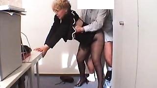 Amateur,Grannies,Hidden Cams,Mature,Office