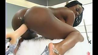 Babe,Big Ass,Big Boobs,Black and Ebony,Fucking,Machine,Masturbation,Natural,Orgasm,Pornstar