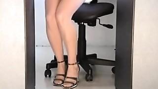 Amateur,Bikini,Hidden Cams,Office,Panties,Solo,Upskirt,Voyeur