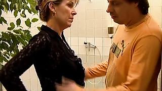 Grannies,Mature,MILF,Old and young,Stepmom