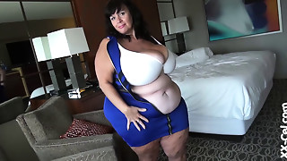 BBW,Big Boobs,Chubby,Mature,MILF,Old and young,Outdoor,Stepmom