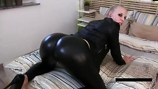 Big Ass,Blonde,Cumshot,Facial,Mature,MILF,Stepmom