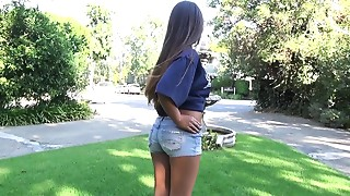 Blowjob,Brunette,Latina,Outdoor,Reality,Teen