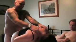 Amateur,Cuckold,Threesome,Wife