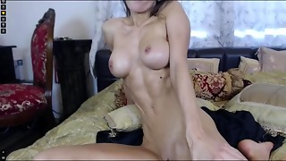 Amateur,Babe,Big Boobs,Brunette,Masturbation,Oiled,Solo,Strip,Webcams